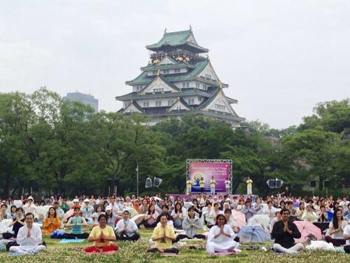 国際ヨガDAY関西2016大阪