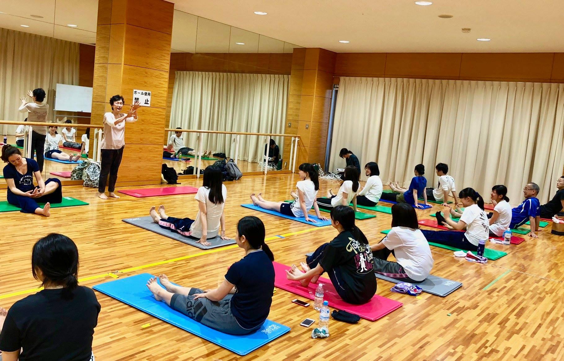 神戸常盤大学ヨガ部での定期指導ご報告